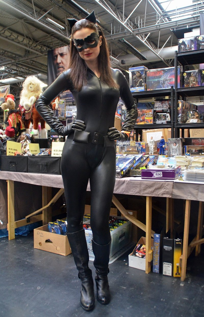 sexy_catwoman_cosplay   Creative Ads and more…