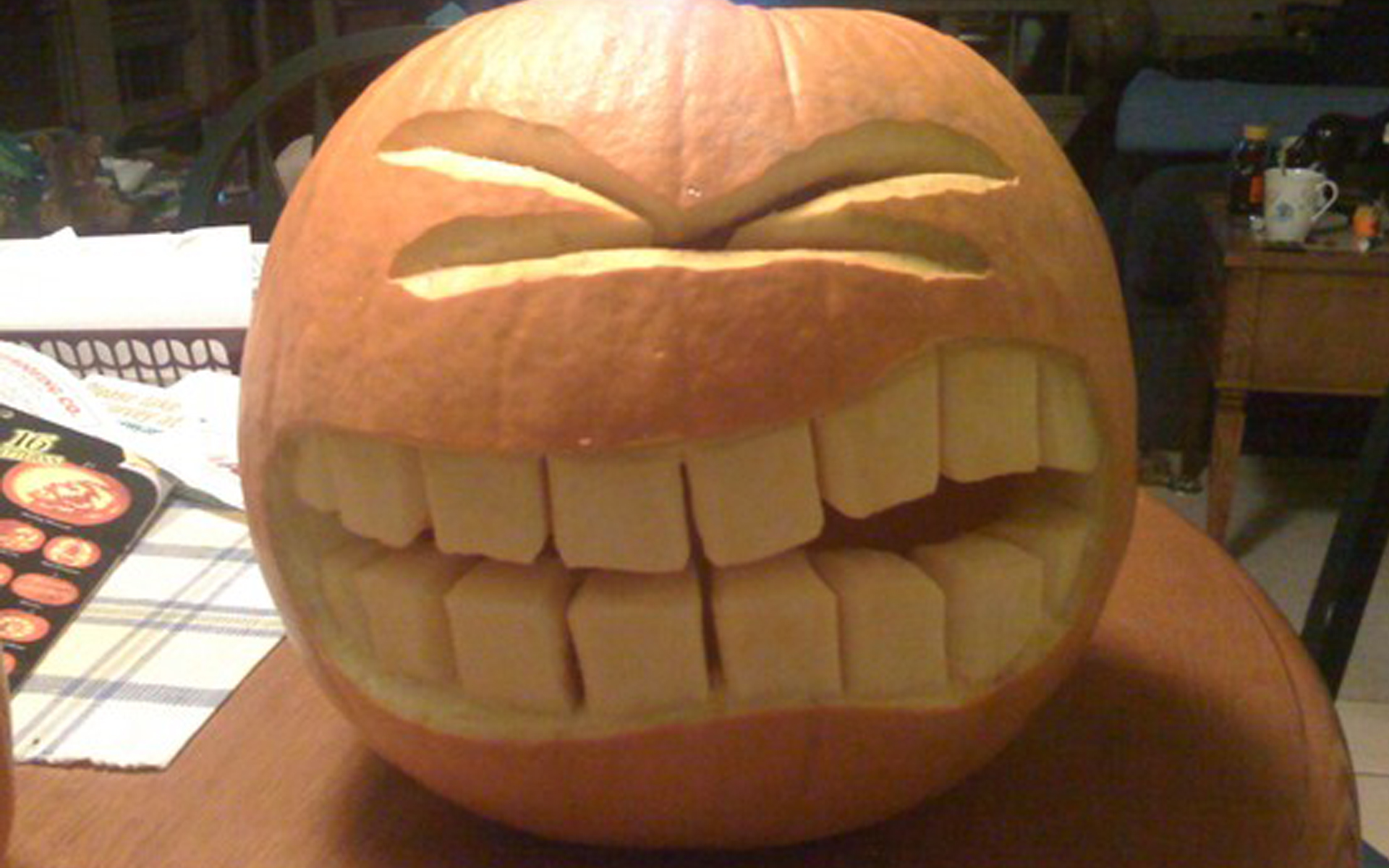 Big Smile Halloween Pumpkin Carving | Creative Ads and more…