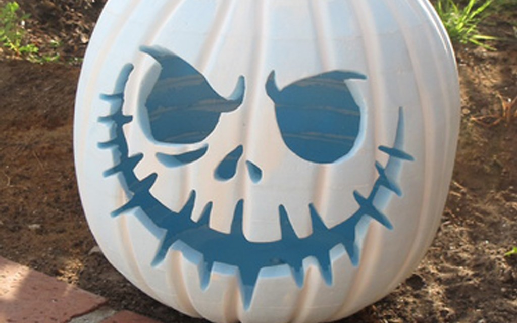 Funny white halloween pumpkin carving creative ads White pumpkin carving ideas