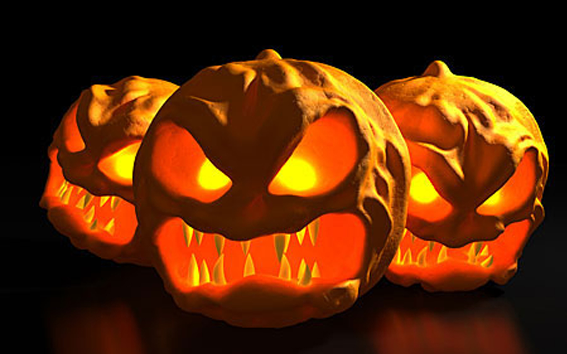 Scary fangs halloween pumpkin carving creative ads and more Halloween pumpkin carving ideas