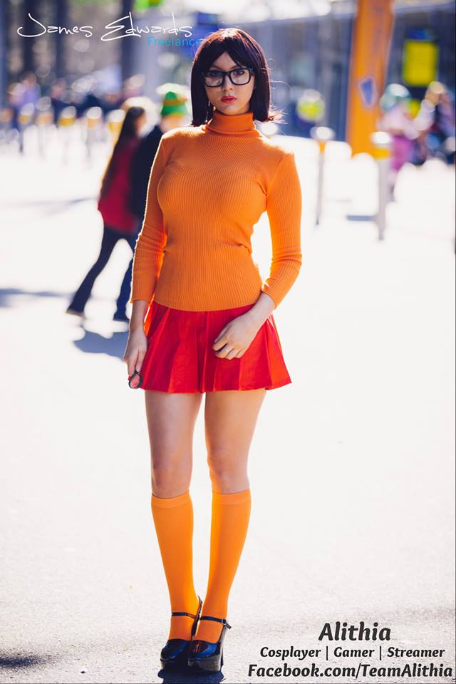 Hot Velma Cosplay By Alithia 0 Creative Ads And More