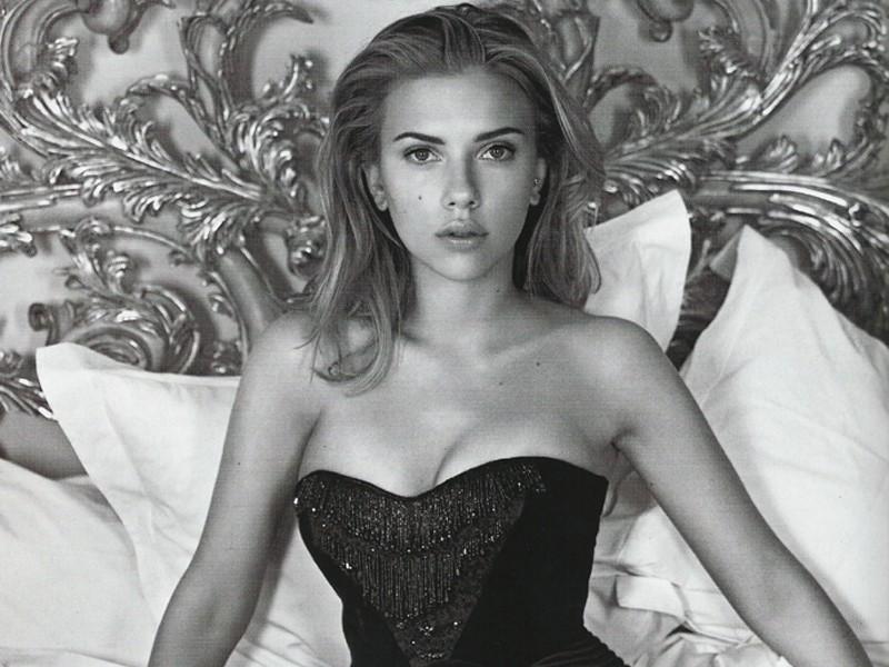Scarlett Johansson Hot Lingerie Creative Ads And More