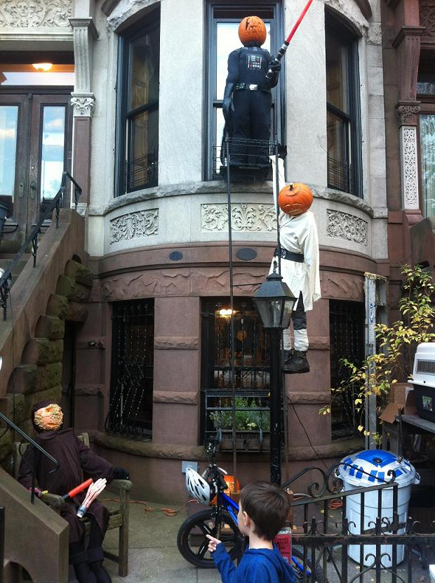 Excellent Star Wars Halloween Decorating Idea 620 x 830 · 104 kB · jpeg