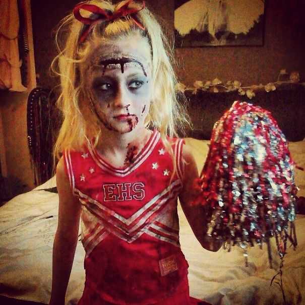 children halloween costumes zombie cheerleader
