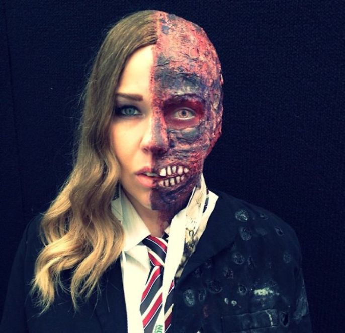 two face halloween makeup idea batman inspired | Creative Ads and ...