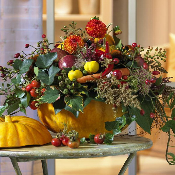 Autumn thanksgiving day table centerpiece creative ads