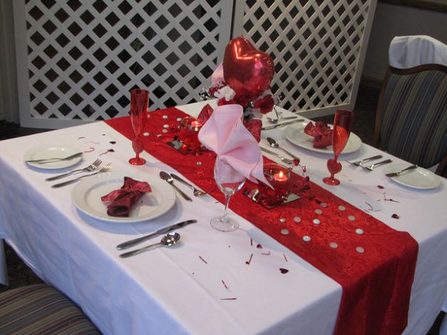 Cute And Simple Valentines Day Table Creative Ads And More