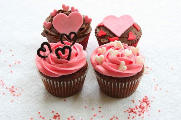 Valentine S Day Cupcake Ideas Creative Ads And More