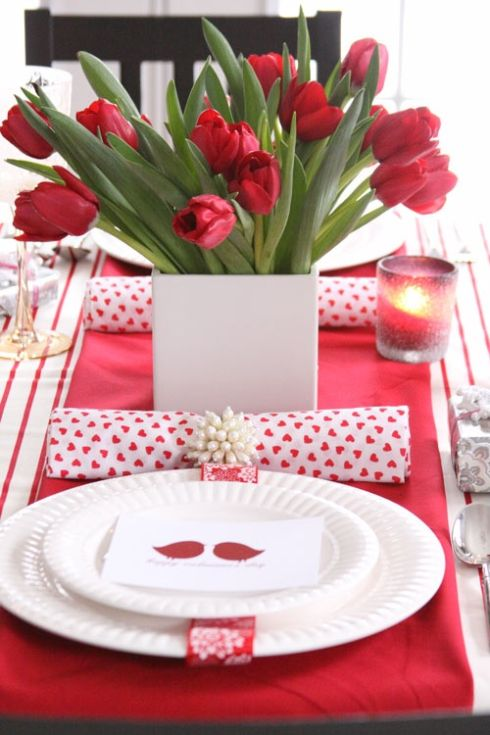 Valentines day table decorating ideas centerpiece