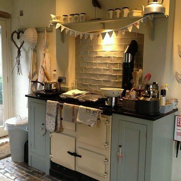 Creative shabby chic kitchen idea 2 creative ads and more for Shabby kitchen ideas