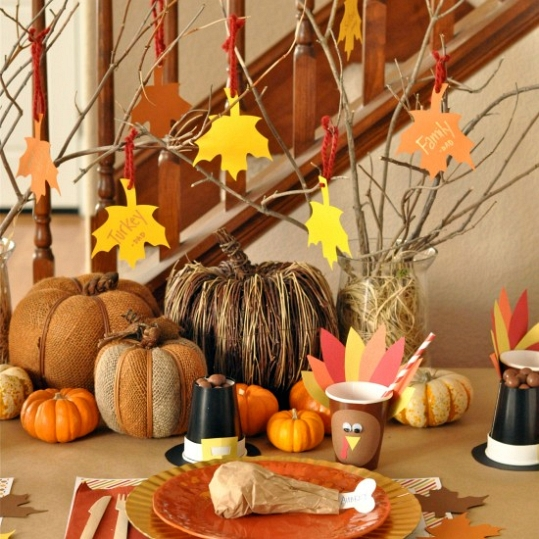 Thanksgiving day table centerpiece creative ads …
