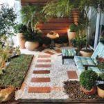 Creative garden landscaping idea(121)