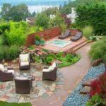 Creative garden landscaping idea(131)