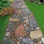 Creative garden landscaping idea(184)
