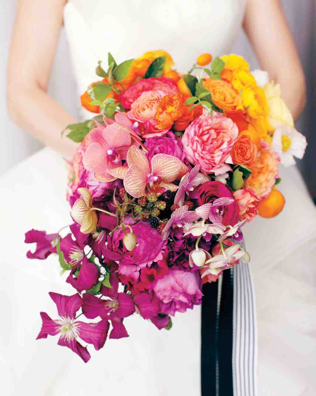 Garden roses tea roses poppies kumquats tangerines for Wedding bouquets