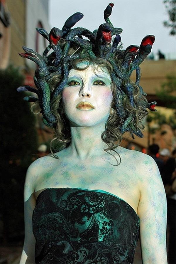 Medusa-Halloween-Makeup-Idea  Creative Ads And More-2029