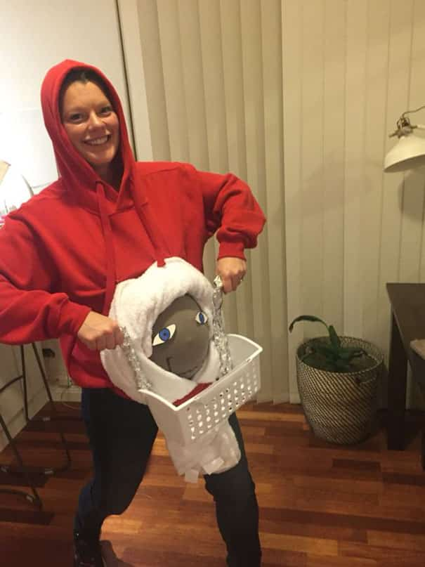 pregnant mom halloween costume santa - Pregnant Mom Halloween Costume