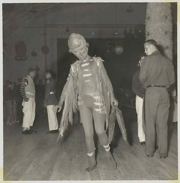Vintage Halloween Costume Pictures.Vintage Halloween Costume Alien Creative Ads And More