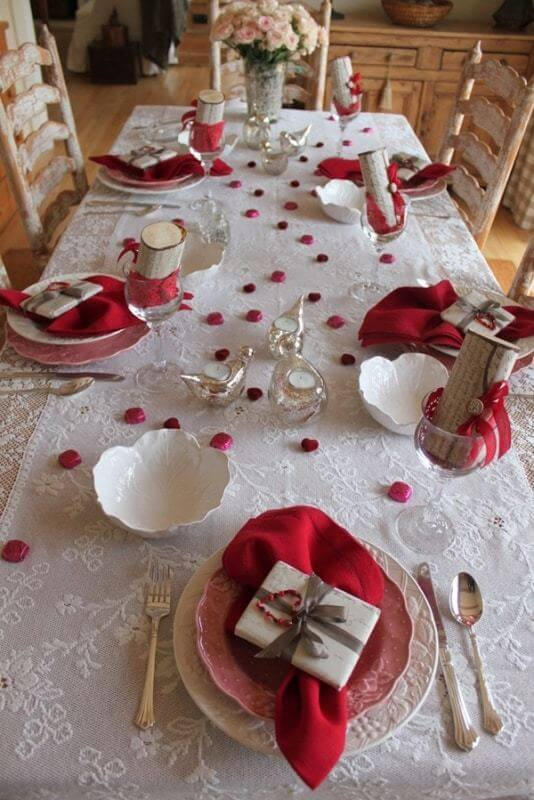 Valentines Day Dinner Table Decoration Creative Ads And