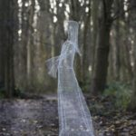 Chicken Wire Halloween Ghost Idea