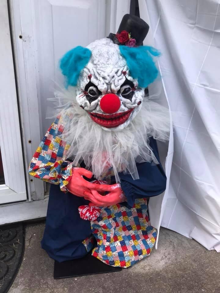 Creepy Clown Halloween Props