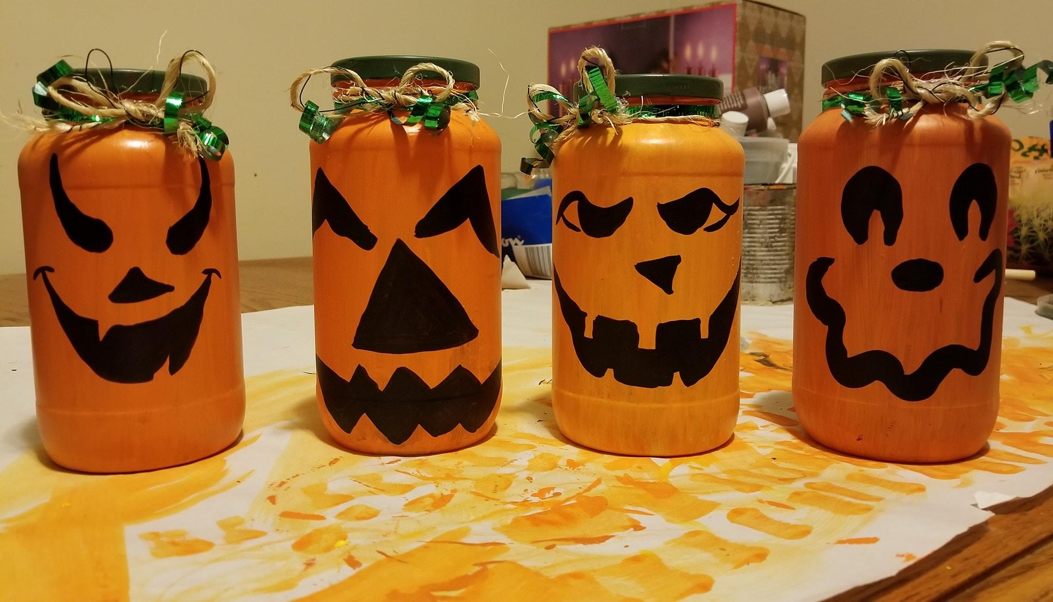 Halloween DIY Idea Jars