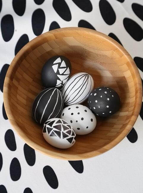 Black And White Easter Eggs Decoration Idea 2