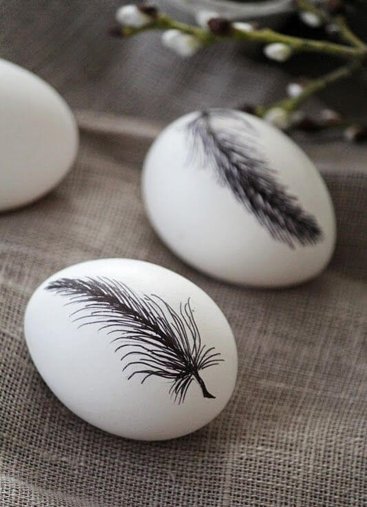 Black And White Easter Eggs Feather Pattern
