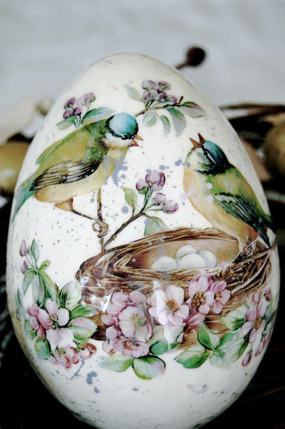 Easter Egg Art 1