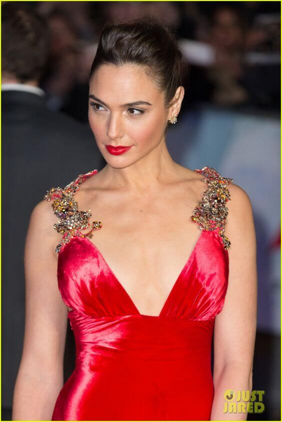 Gal Gadot Red Dress