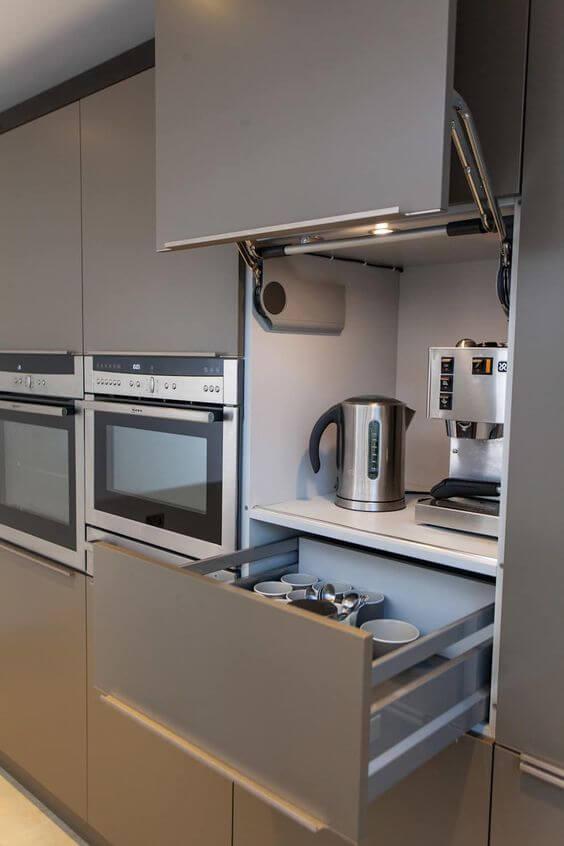 Modern Kitchen By Hampshire Design Consultancy