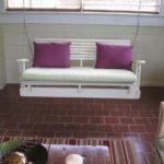 DIY Pallet Swing Chair