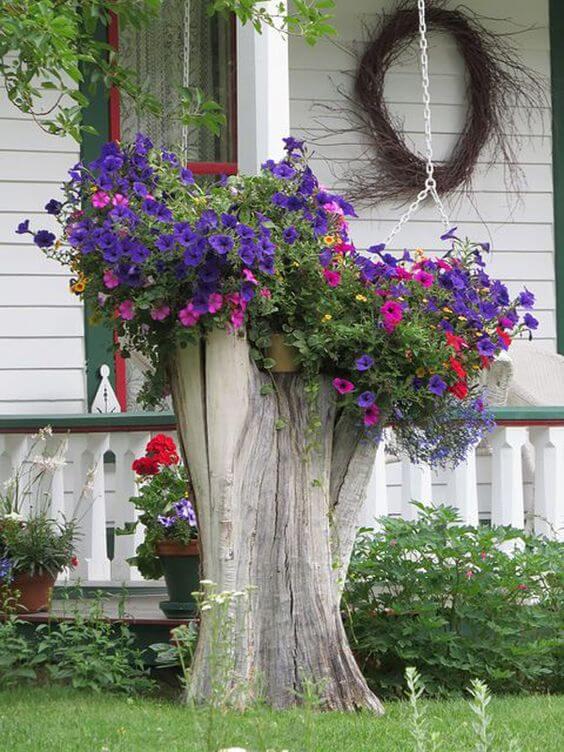 Tree Stump Decoration Idea