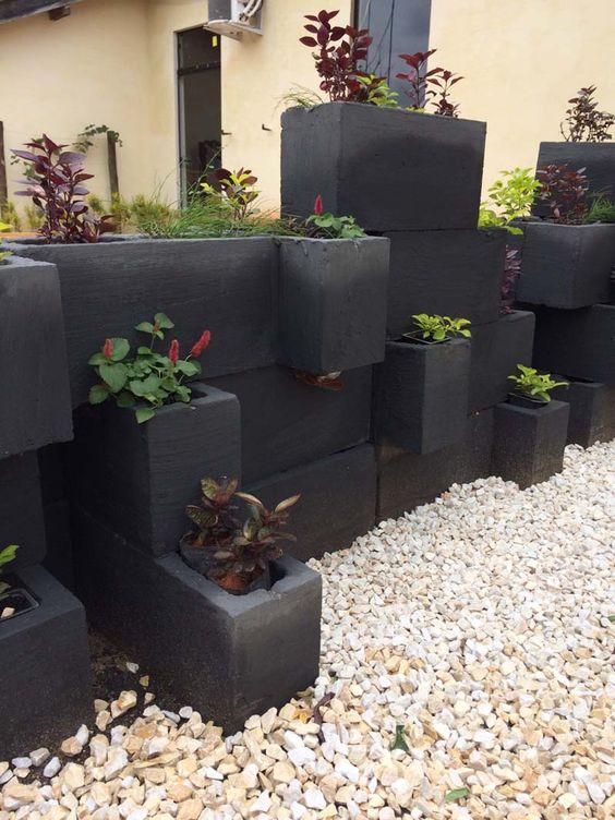 Black Concerte Block Planters