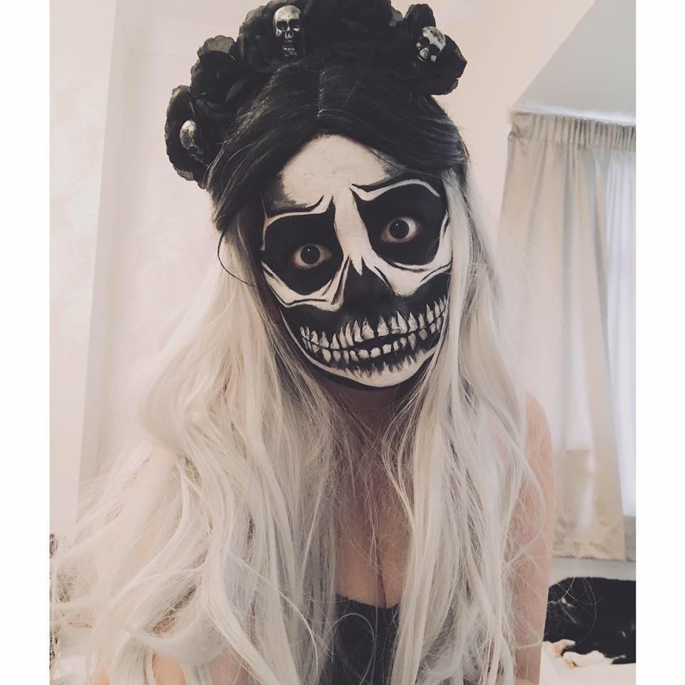 Exposed Skull Halloween Makeup