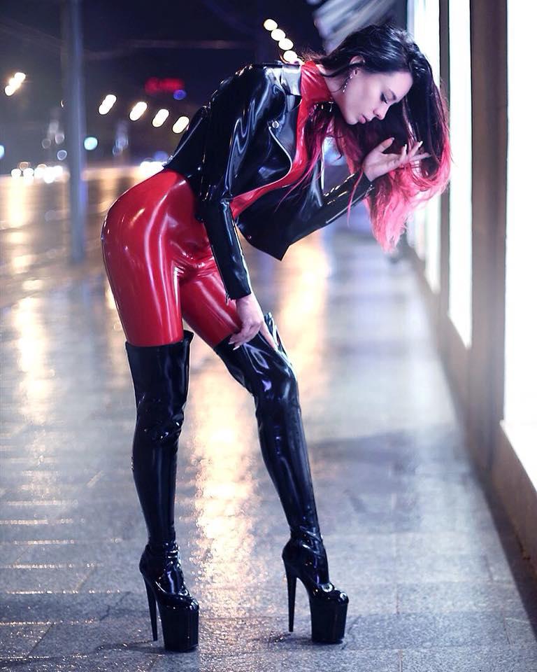 Lena Furfur Black And Red