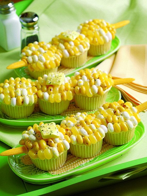 Thanksgiving Cupcake Corn Decoration