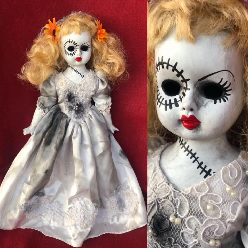 Creepy Halloween Doll 16