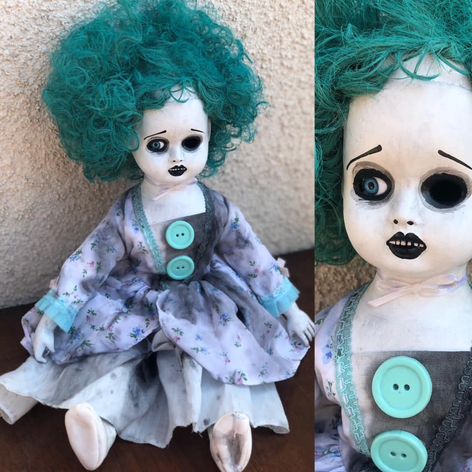 Creepy Halloween Doll 9