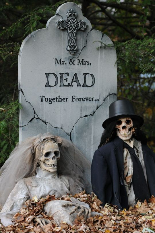 Halloween Decoration Tomb
