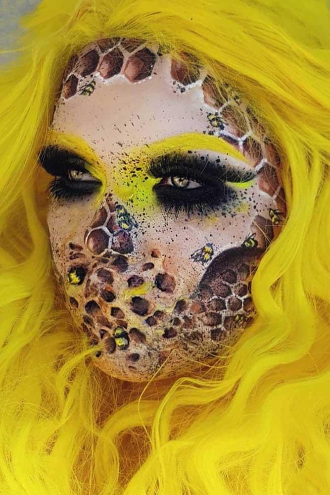 Queen Bee Makeup Halloween Idea