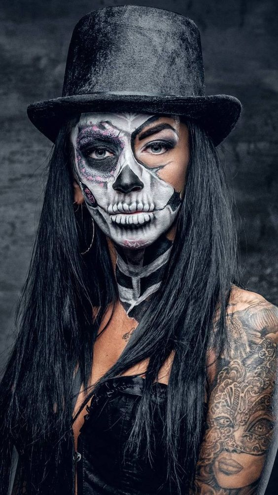 Sexy Halloween Make Up Idea