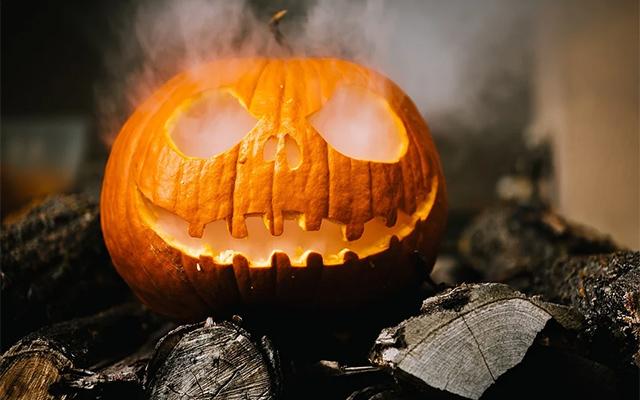 Smoky Pumpkin Halloween 2020
