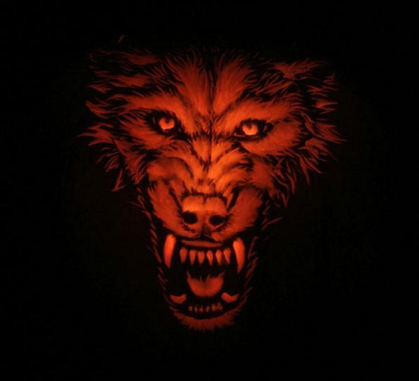 Wolf Pumpkin