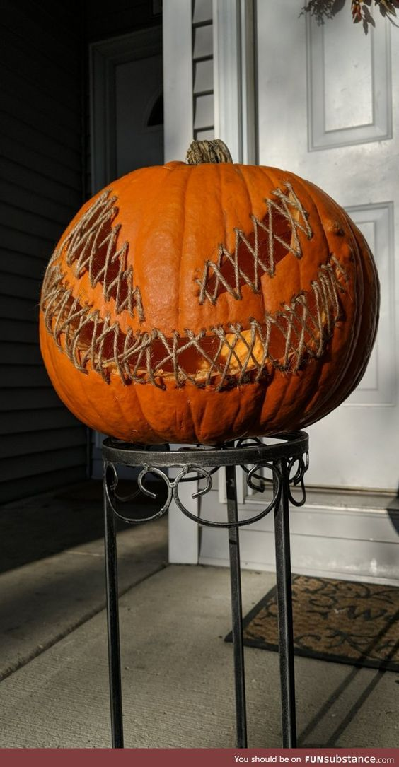Creepy Halloween Pumpkin Decoration