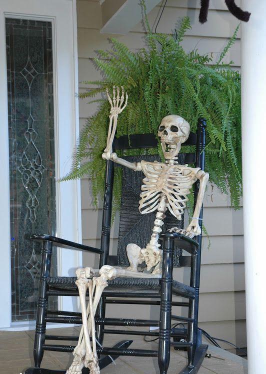 Greeting Skeleton Outdoor Halloween Decoration