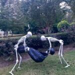 Skeletons Burying A Body Halloween Decoration